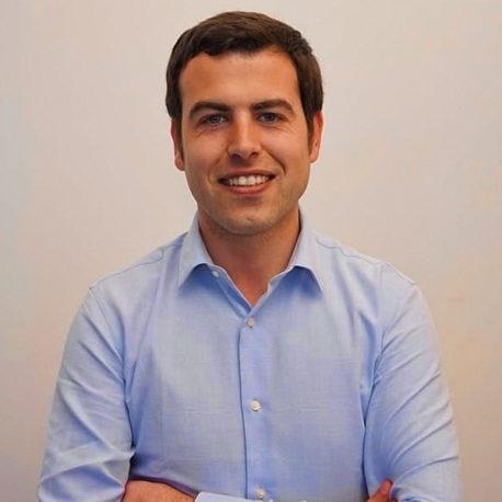 Adrián Serna