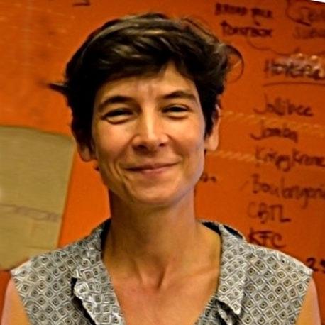 María Llanos